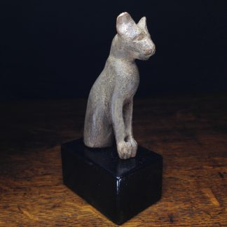 Egyptian cedar wood cat, New Kingdom, 1550 - 1069 BC -0