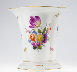 Large Vienna vase, flower groups, c.1780 -0