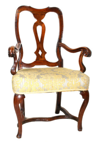 Walnut armchair with pierced splat and scrolling arms, C. 1720 -0