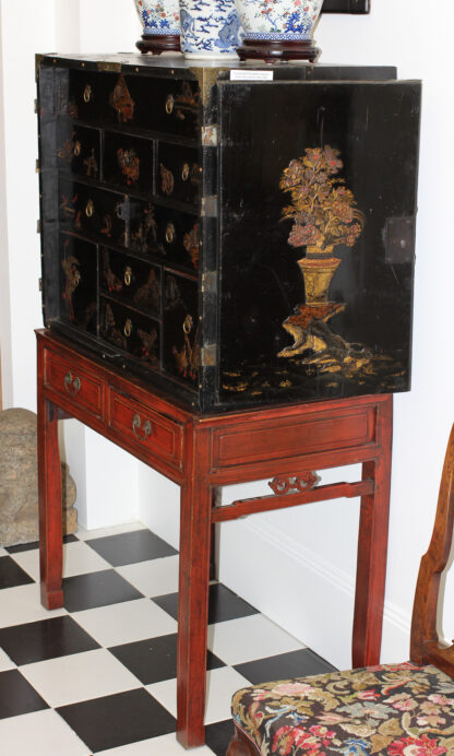 European Chinoiserie black lacquer chest, on later stand, c. 1700 -9340
