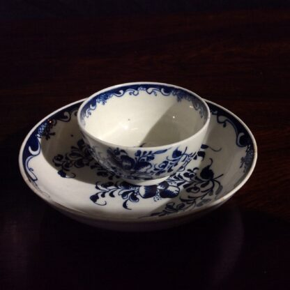 Lowestoft teabowl & saucer, after Worcester's Mansfield, c.1765 -653