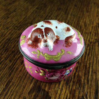 English enamel spaniel patch box, circa 1770. -0