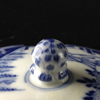 Meissen butter tub with chinoiserie underglaze blue, C. 1740-2627