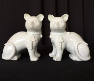 Chinese blanc-de-chine cats, 19th century -0