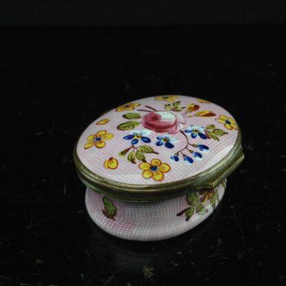English enamel box, Gingham & flowers, circa 1760 -3885