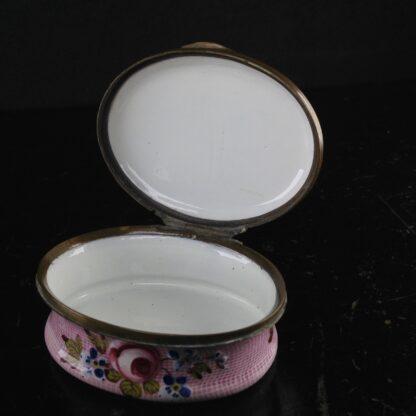 English enamel box, Gingham & flowers, circa 1760 -3886