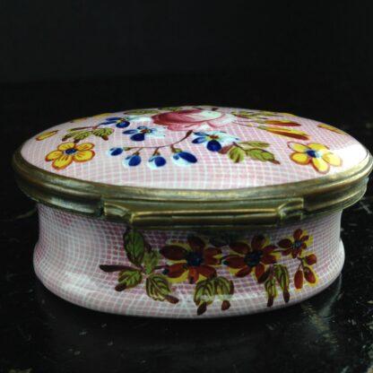 English enamel box, Gingham & flowers, circa 1760 -3887