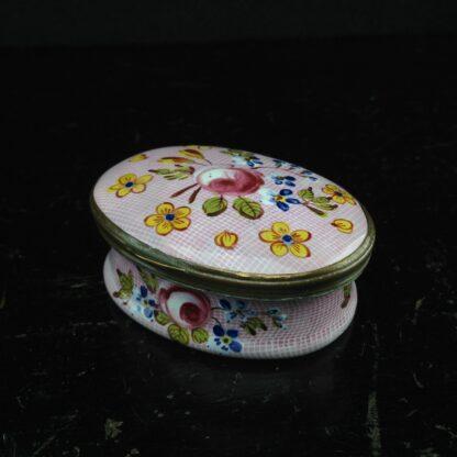 English enamel box, Gingham & flowers, circa 1760 -3889