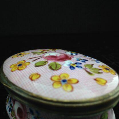 English enamel box, Gingham & flowers, circa 1760 -3893