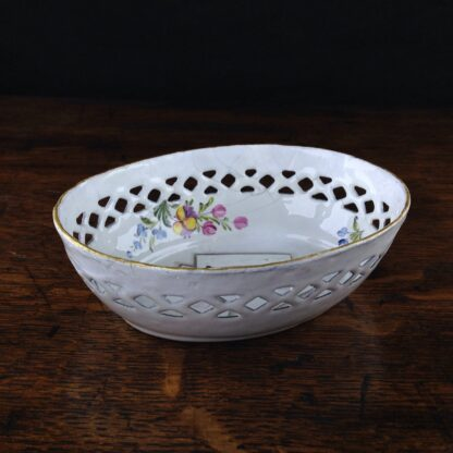 South Staffordshire enamel counter basket with card decoration, c.1785 -5032