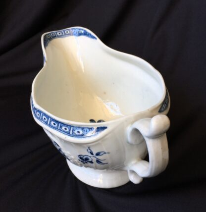 Caughley sauceboat, rib moulded with underglaze blue flower groups, c. 1780 -19837