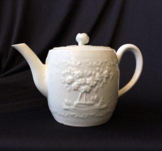 Worcester barrel shape teapot, rare Chinese Landscape pattern, c.1760 -0
