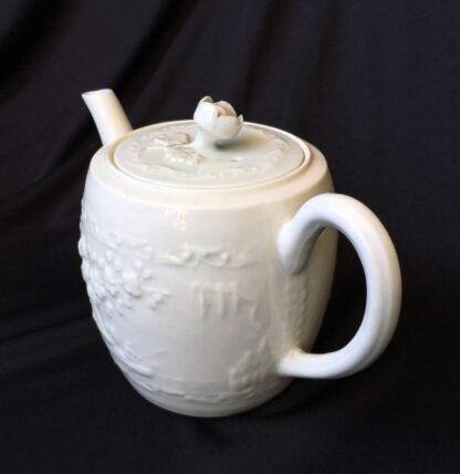 Worcester barrel shape teapot, rare Chinese Landscape pattern, c.1760 -20025