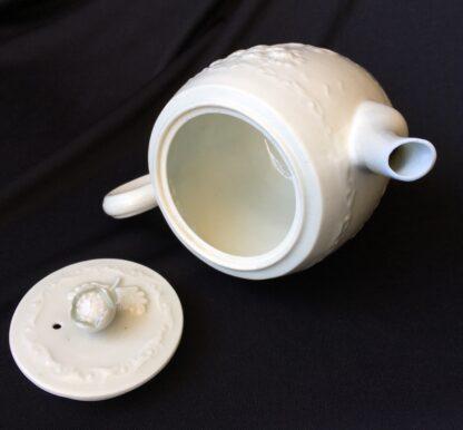 Worcester barrel shape teapot, rare Chinese Landscape pattern, c.1760 -20030