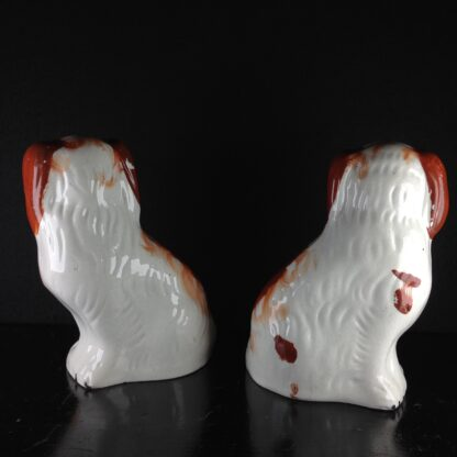 Pair of Staffordshire pottery spaniels, c. 1870-2551