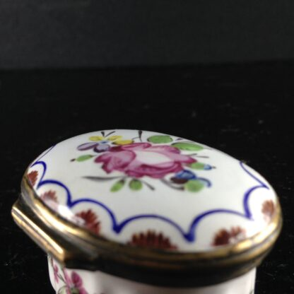 English enamel box, circa 1760 -2992