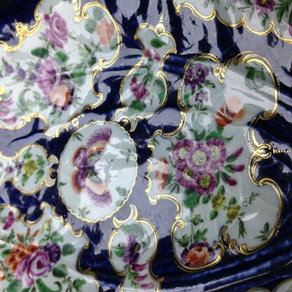 Worcester leaf dish of large size, scale blue & flowers, c. 1770 -3727