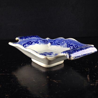 Staffordshire pickle dish, willow pattern, c.1820-4107