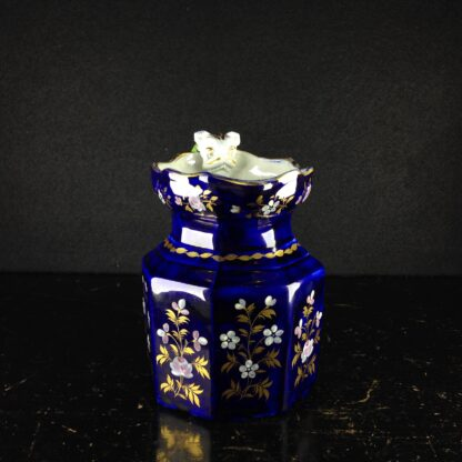 Masons Ironstone jug, blue ground with hydra handle, c. 1820. -4348