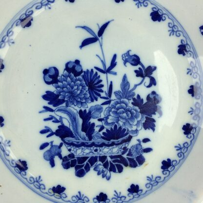 Liverpool delft plate, bowl of flowers, c.1760 -6312