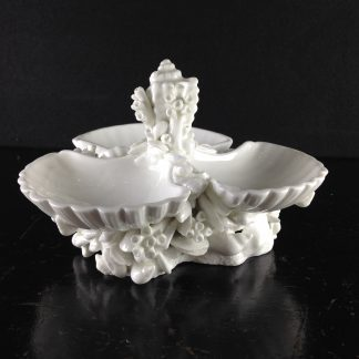 Chamberlains Worcester shell form sweetmeat, C. 1795 -0