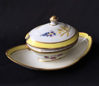 French porcelain tureen, decorated by Billingsly at Brampton, c. 1805 -20430