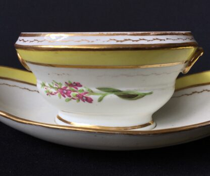 French porcelain tureen, decorated by Billingsly at Brampton, c. 1805 -20433