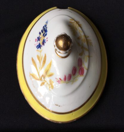 French porcelain tureen, decorated by Billingsly at Brampton, c. 1805 -20437