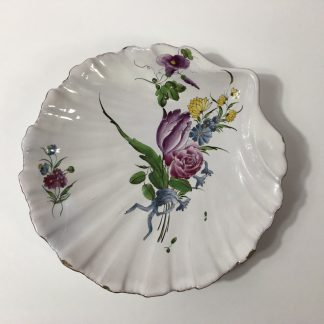 French faïence shell shape dish, attributed to Strasbourg, c. 1765 -0
