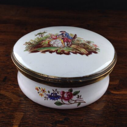 English enamel round box of large size, c. 1760 -0