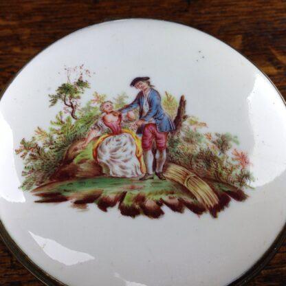 English enamel round box of large size, c. 1760 -5027