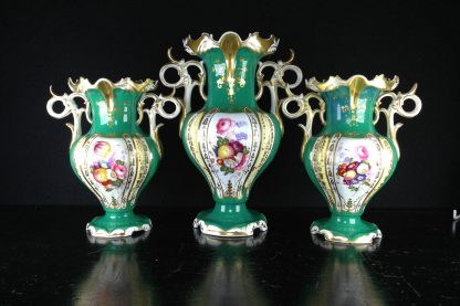 Garniture of 3 Samuel Alcock green vases, c.1835 -0