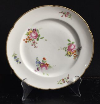 La Courtille plate, scattered flowers, c. 1780 -0