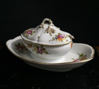 'La Courtille' tureen on integral stand, C. 1780 -0