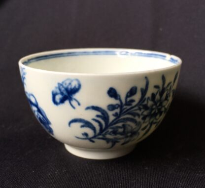 Worcester tea bowl, small size, three flowers pattern c.1765 -19891