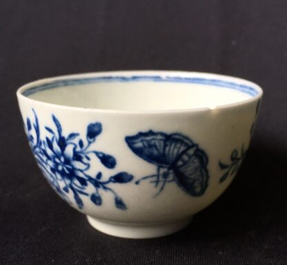 Worcester tea bowl, small size, three flowers pattern c.1765 -19890