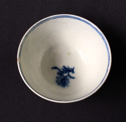 Worcester tea bowl, small size, three flowers pattern c.1765 -19893