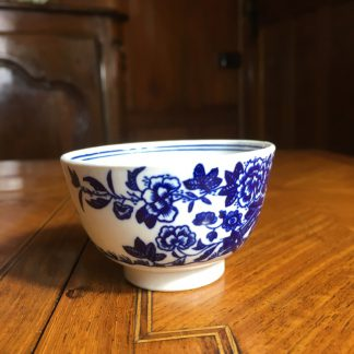 Worcester tea bowl, fence pattern, c. 1770 -0