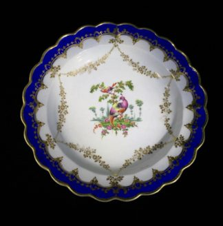 Worcester 'fancy birds' plate, gilt garlands, c. 1770-0