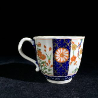 Worcester coffee cup, Queen's Pattern, c.1770-0