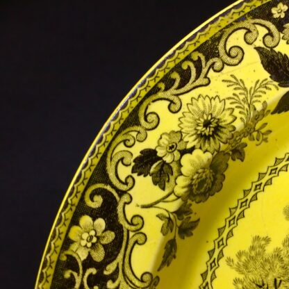 Creil plate, canary yellow with black scenes, c.1830 .-14040