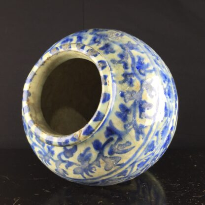 Mamluk jar in the Chinese manner, 16th-17th century -9209