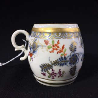 Vienna mug with 'fels und vogel' pattern, C. 1755 -0
