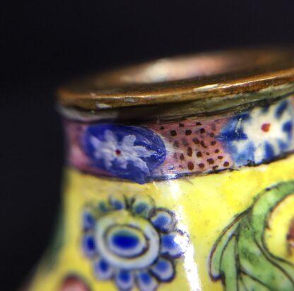 Chinese Canton enamel snuff bottle, European subject - pretty girls - Qianlong, late 18th century-9792