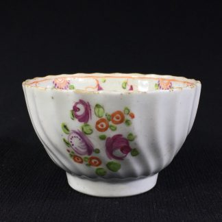Newhall teabowl, Oriental Flowers pattern 195, c.1795 -0