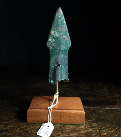 Rare bronze chariot fitting in the form of a spear head, Han Dynasty -9933