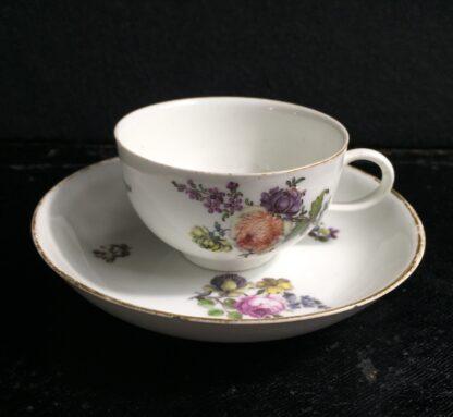 Meissen cup & saucer, flower decorated, circa 1750 -0