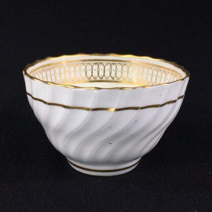 Chamberlain's Worcester teabowl, gilt pattern, c.1795-26084