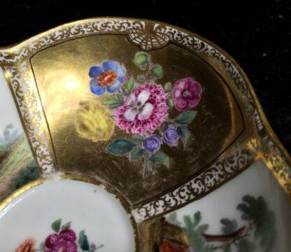 Meissen saucer with gilt ground, Watteauesque panels, 19th century-11541