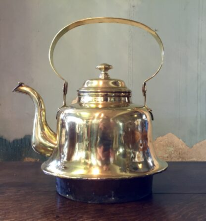 Large brass ships kettle, with copper socket base, 19th century -10875